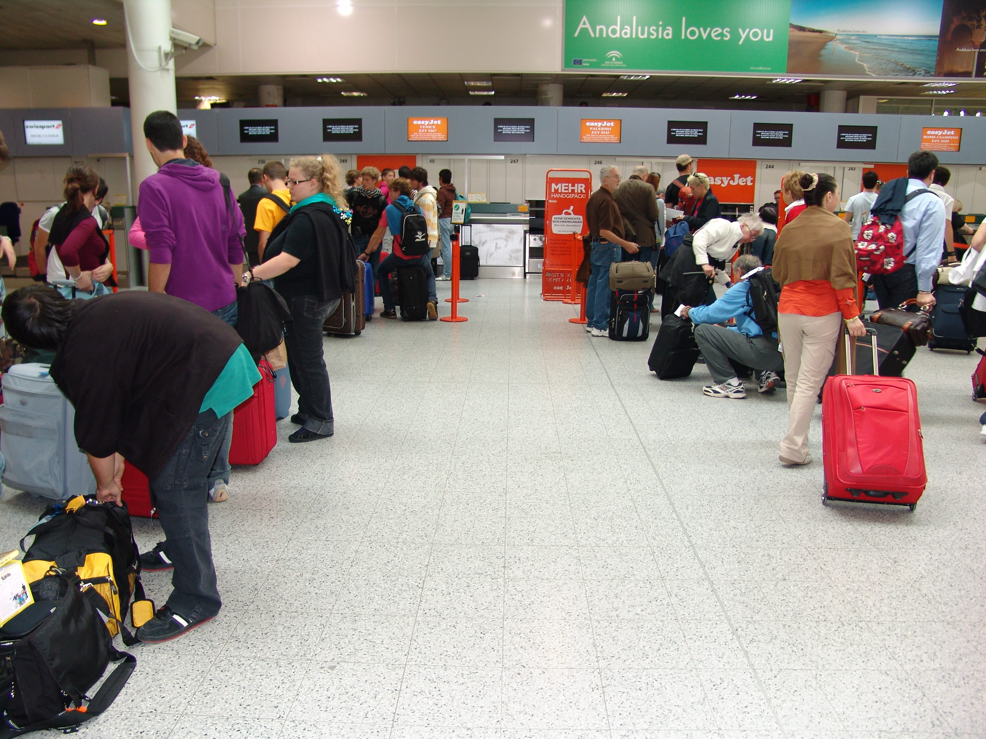 check in easyjet gatwick to milan - photo#19